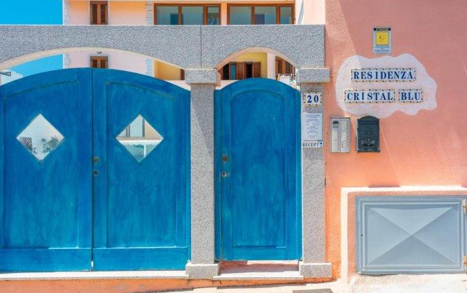 Gebouw van Residence Cristal Blu op Sardinie