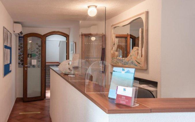 Receptie van Residence Cristal Blu op Sardinie
