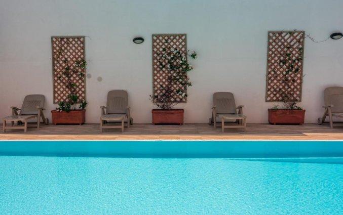 Zwembad van Residence Cristal Blu op Sardinie