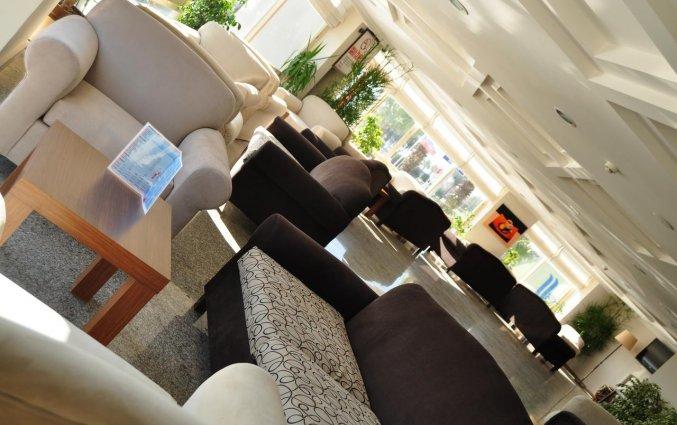 Lobby van Hotel The Corner Park in Antalya