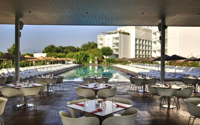 Terras van Hotel Su & Aqualand in Antalya