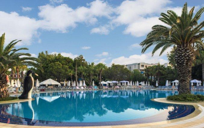 Zwembad van Hotel & Resort Botanik in Side