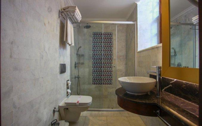 Badkamer van Hotel Alp Pasa in Antalya