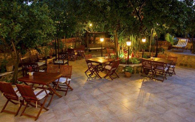Terras van Hotel Deja Vu Otel Kaleici in Antalya