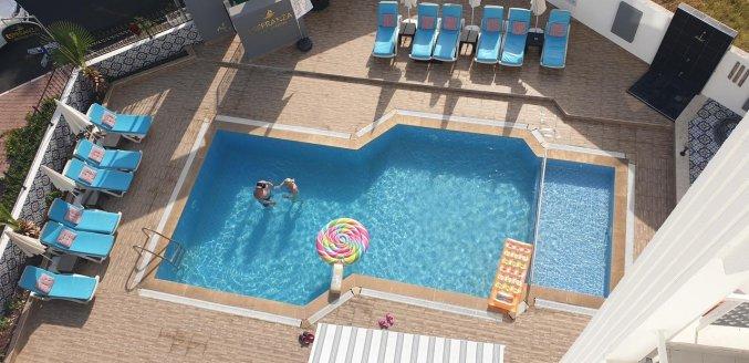 Zwembad van Hotel Esperanza Boutique in Antalya