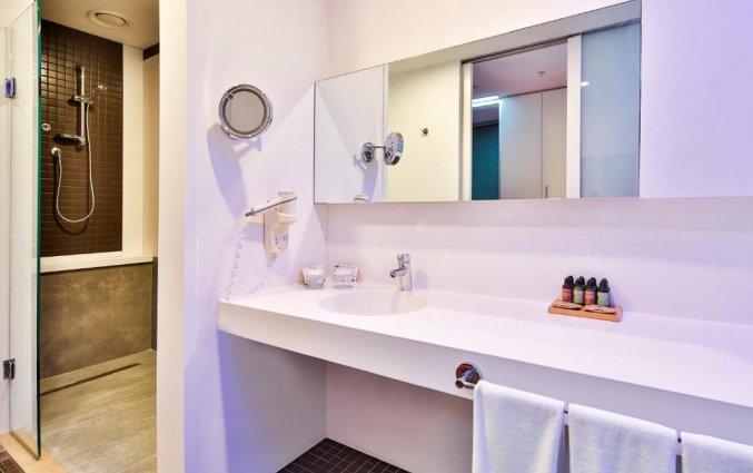Badkamer van een tweepersoonskamer van Hotel Nirvana Cosmopolitan in Antalya