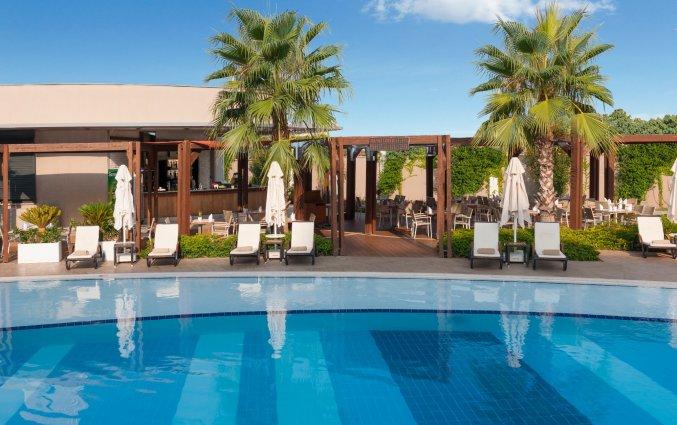 Buitenzwembad van Resort en Spa Aska Lara in Antalya