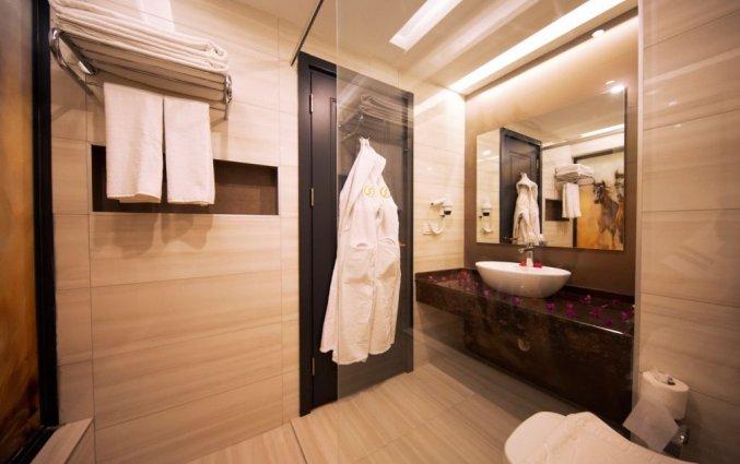 Badkamer van een tweepersoonskamer van Hotel & Spa Sey Beach in Alanya