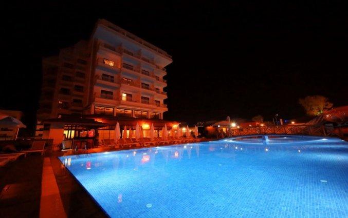 Buitenzwembad van Hotel& Spa Sey Beach in Alanya