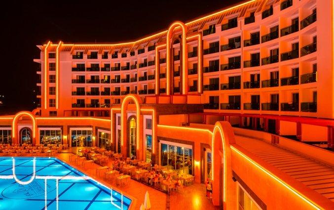 Resort The Lumos Deluxe & Spa in Alanya