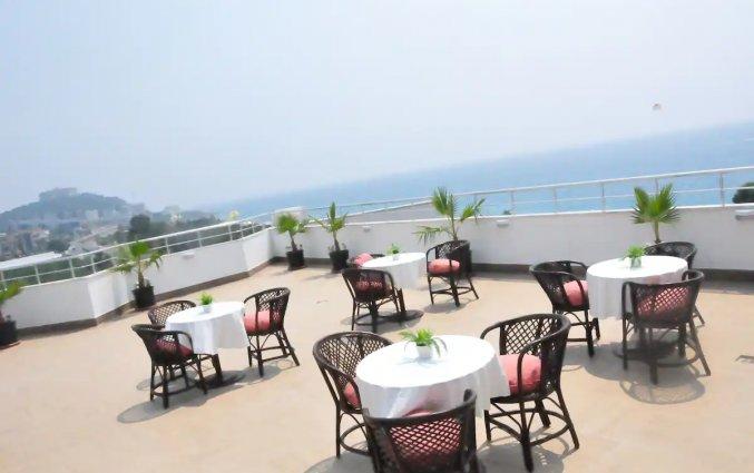Terras van Hotel Drita in Alanya