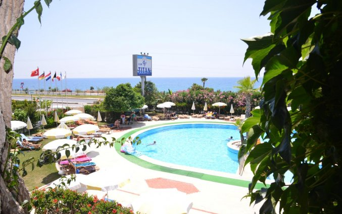 Zwembad van Hotel Club Titan in Alanya