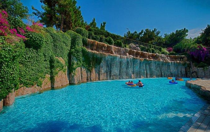 Buitenzwembad van Hotel Utopia World in Alanya