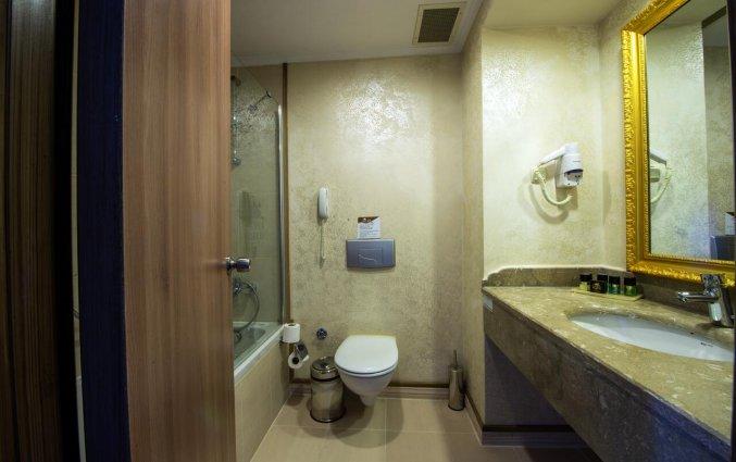 Badkamer van Hotel Utopia World in Alanya