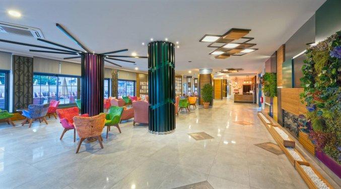 Lobby van Hotel Monart City in Alanya
