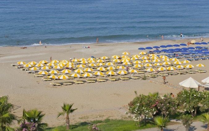Strand van Hotel Monte Carlo in Alanya