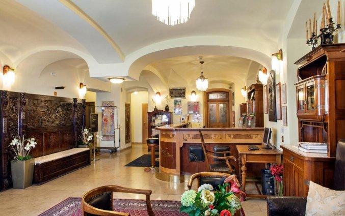 Lobby van Hotel Mucha Praag