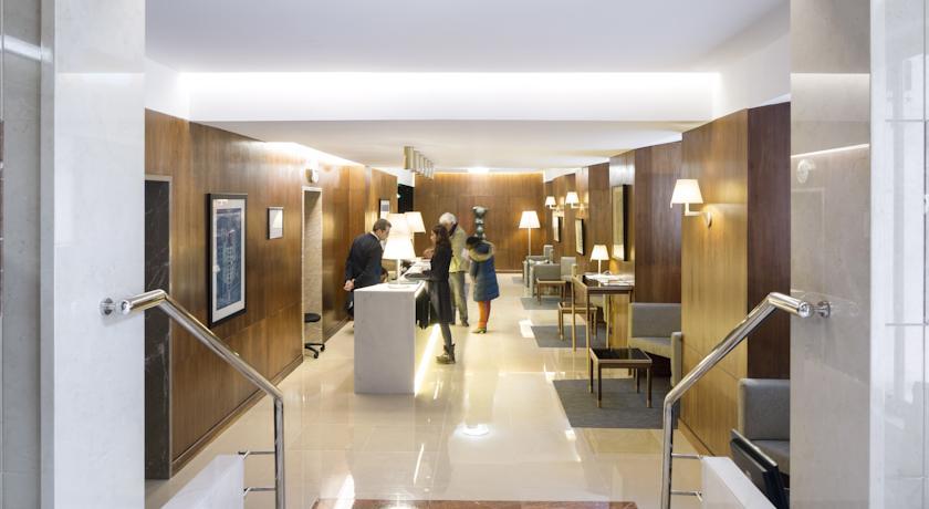 Receptie van Hotel Miraparque in Lissabon