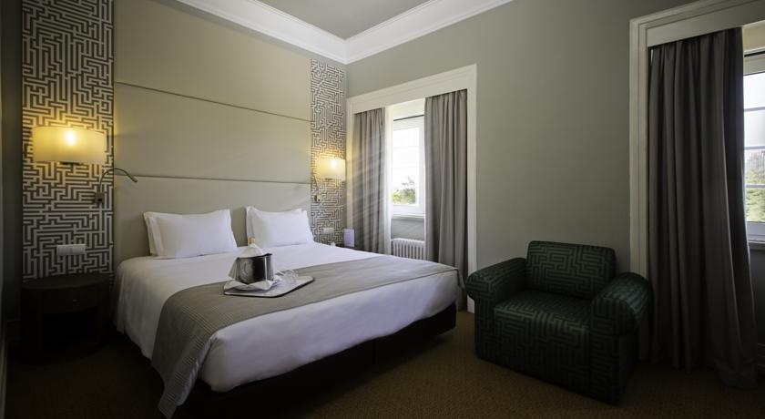 Tweepersoonskamer van Hotel Miraparque in Lissabon