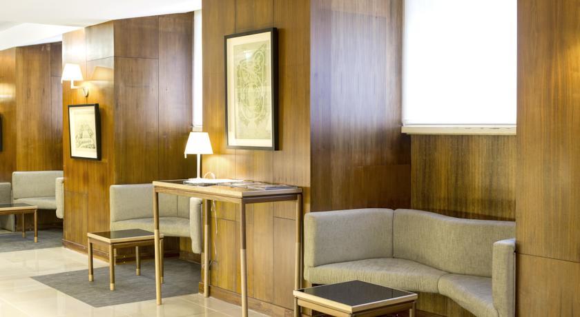 Lounge van Hotel Miraparque in Lissabon