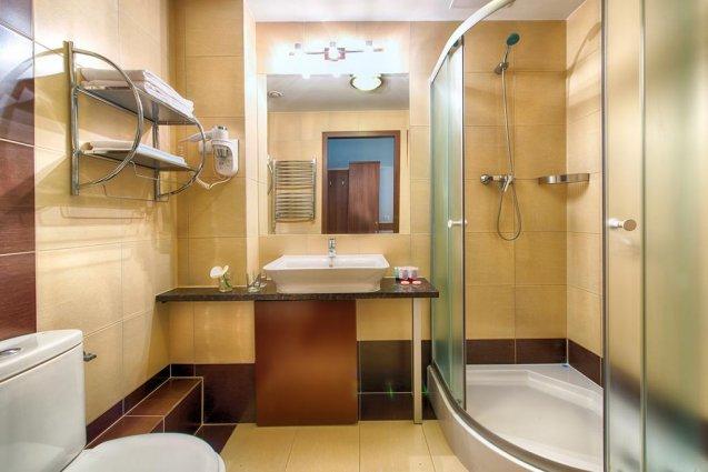 Badkamer in het Leonardo Royal hotel in Warschau