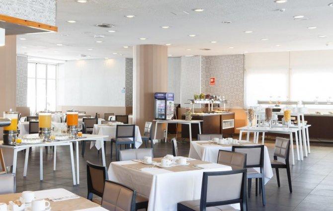 Ontbijtzaal van Hotel Expo in Valencia