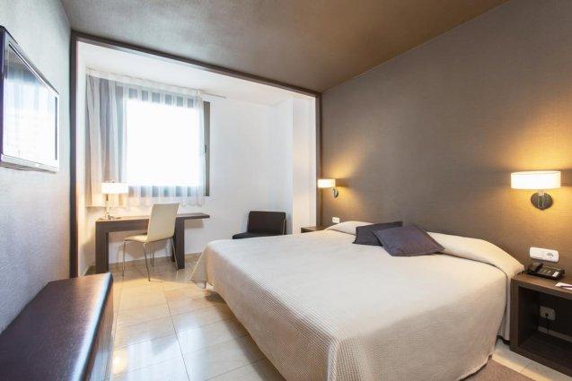 Tweepersoonskamer van Hotel Expo in Valencia
