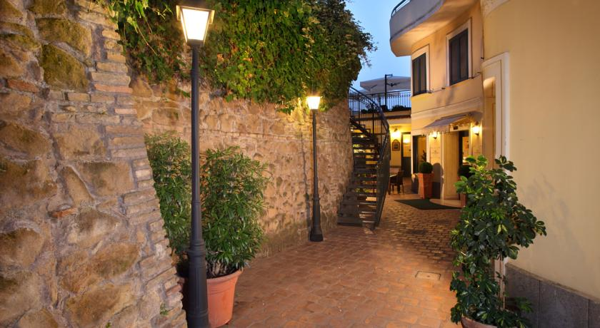 Achtergang hotel Alessandrino