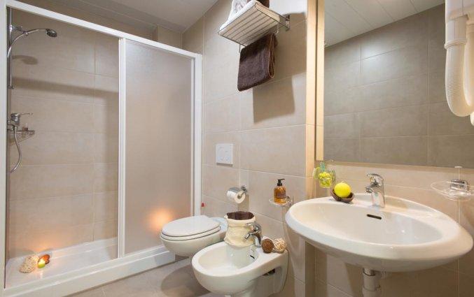 Badkamer van een tweepersoonskamer van Hotel Ornato in Milaan
