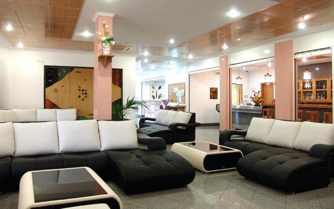 Lounge van Hotel & Spa Maritur in de Algarve