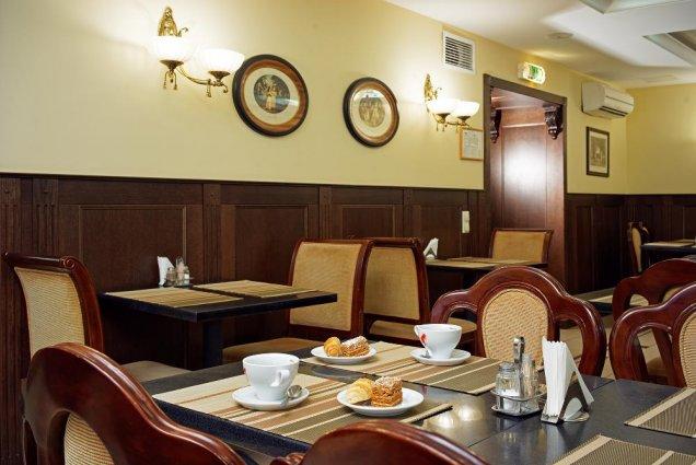 Ontbijtzaal van Hotel Rixwell Old Riga Palace in Riga