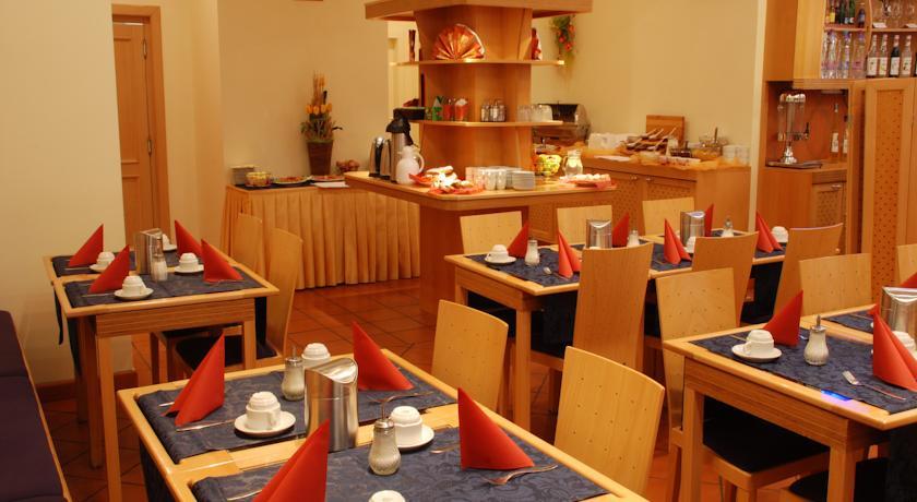Restaurant van hotel Tosca in Praag
