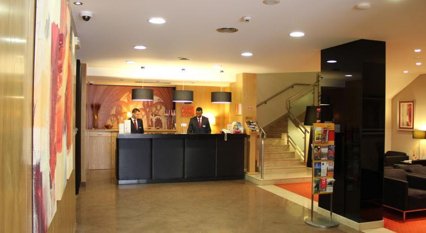 Receptie van hotel Principe Lisboa stedentrip Lissabon
