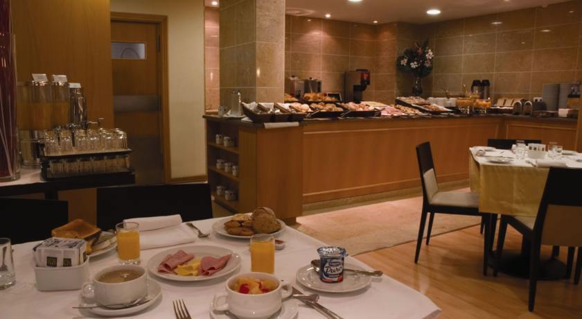 Ontbijt bij hotel Principe Lisboa stedentrip Lissabon