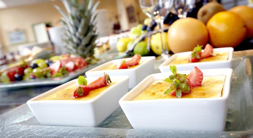Ontbijtbuffet van Hotel Campanile Warschau