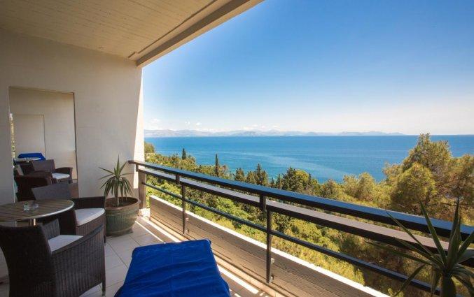Uitzicht van hotel Corfu Holiday Palace in Corfu