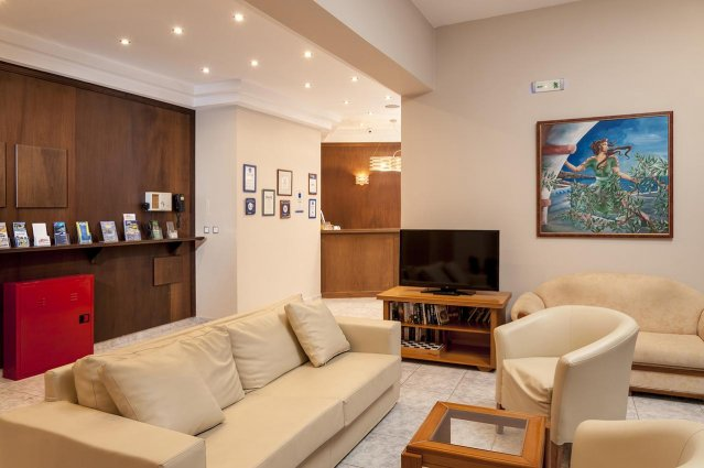 Lounge van Hotel Adelais op Kreta