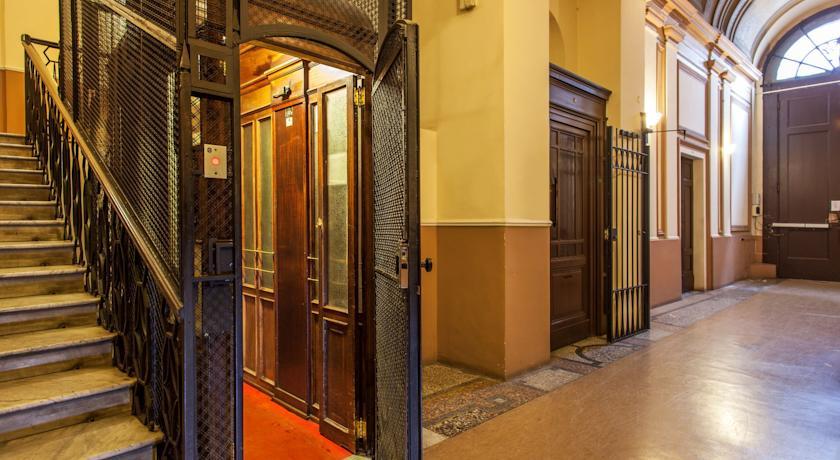 Hal van hotel Piemonte in Rome