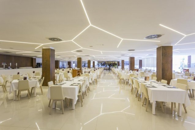 Restaurant van hotel Sirenis Club Tres Carabelas & Spa op Ibiza