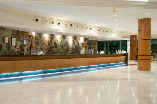 Receptie van Hotel Mogan Princess & Beach Club op Gran Canaria