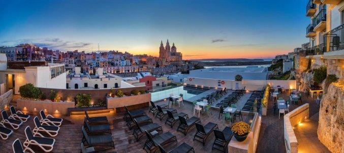 Uitzicht vanuit Hotel & Spa Pergola op Malta