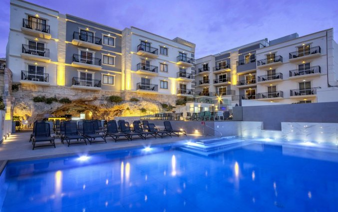 Buitenzwembad van Hotel & Spa Pergola op Malta