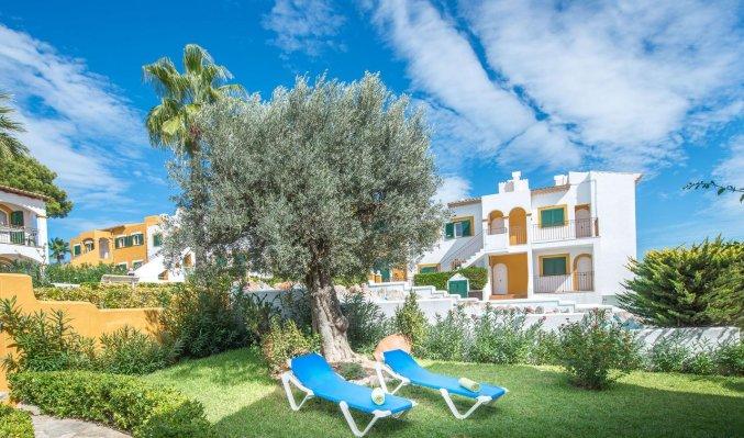 Tuin van Aparthotel Ona Aucanada op Mallorca