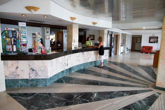 Lobby van Appartementen Playa Moreia op Mallorca