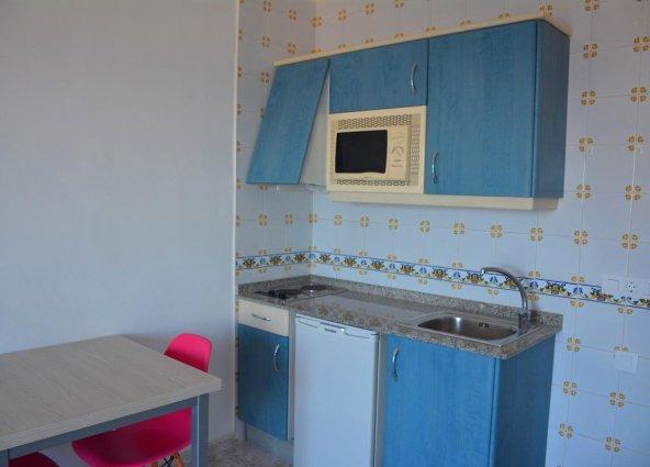 Keuken van een appartement van Appartementen Playa Moreia op Mallorca