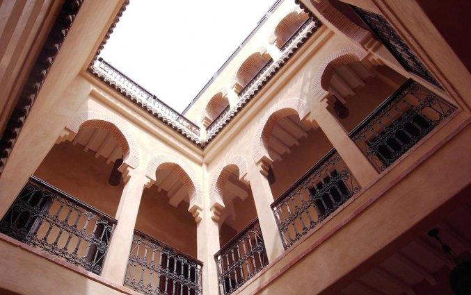 Plafond van Raid Marrakis in Marrakech