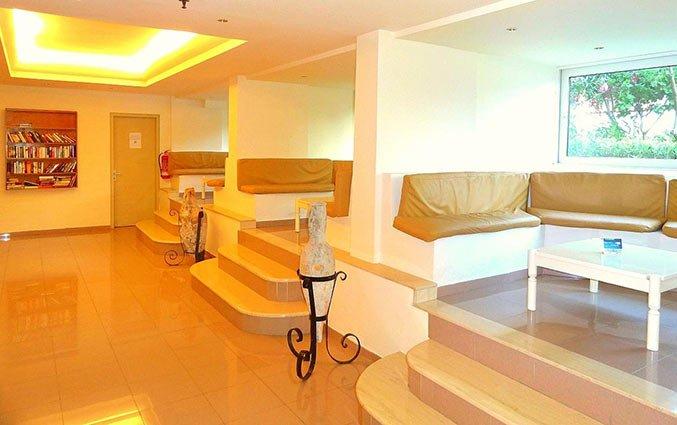Lounge van Aparthotel Filerimos Village op Rhodos