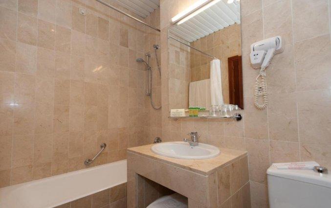 Badkamer hotel Derby in Sevilla