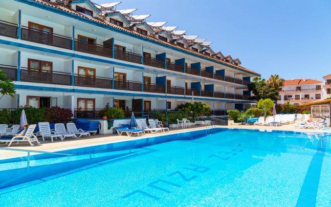 Buitenzwembad van Studio's Pez Azul op Tenerife