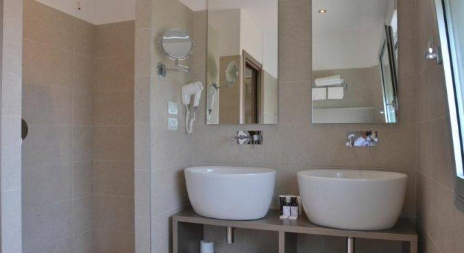 Badkamer van een tweepersoonskamer van Hotel Sirio in Venetie